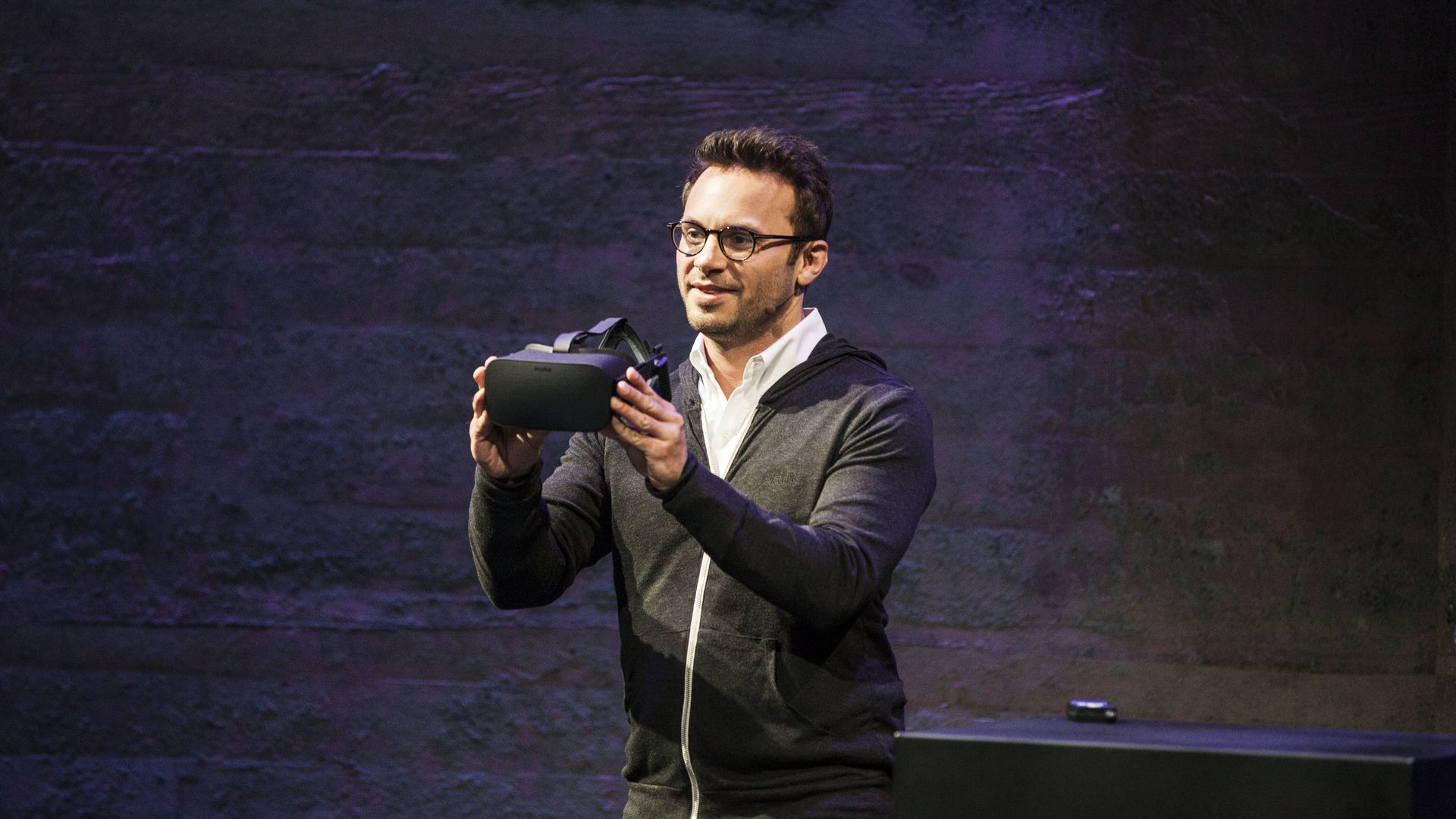 Oculus CEO resigns